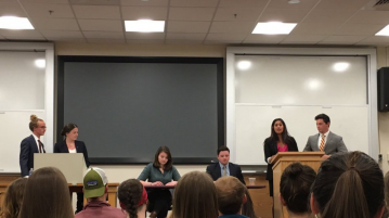 The USG candidates debate in Sturm Hall. Sasha Kandrach | Clarion